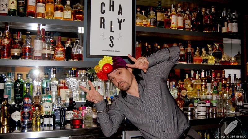 El bartender de coctelería Charly's Cocktail Bar (Madrid) Carlos Moreno