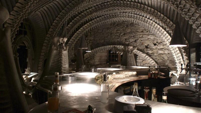 Giger Bar, coctelería de Alien
