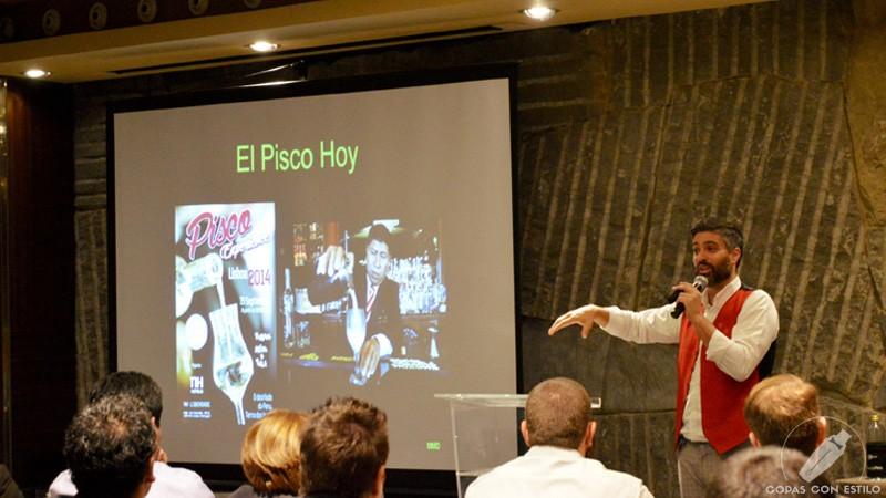 Masterclass del bartender de coctelería Diego Cabrera en el evento Pisco es Perú