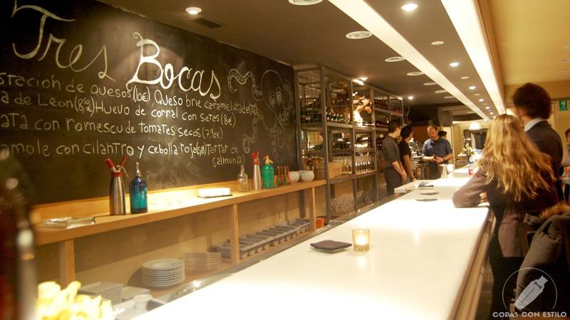 Barra de Gastro Coctelería Tres Bocas (Madrid)