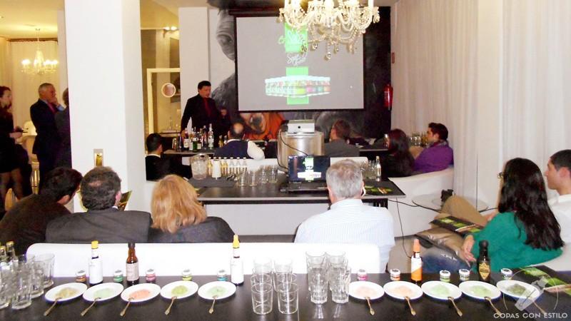 Presentación de las sales aromáticas para coctelería