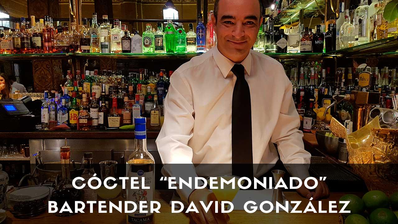 Cóctel con pisco, del bartender David González en la coctelería Bar Cock (Madrid)