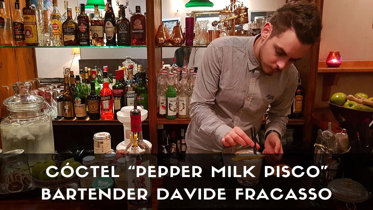 Cóctel con pisco del bartender Davide Fracasso en la coctelería Santamaría (Madrid)