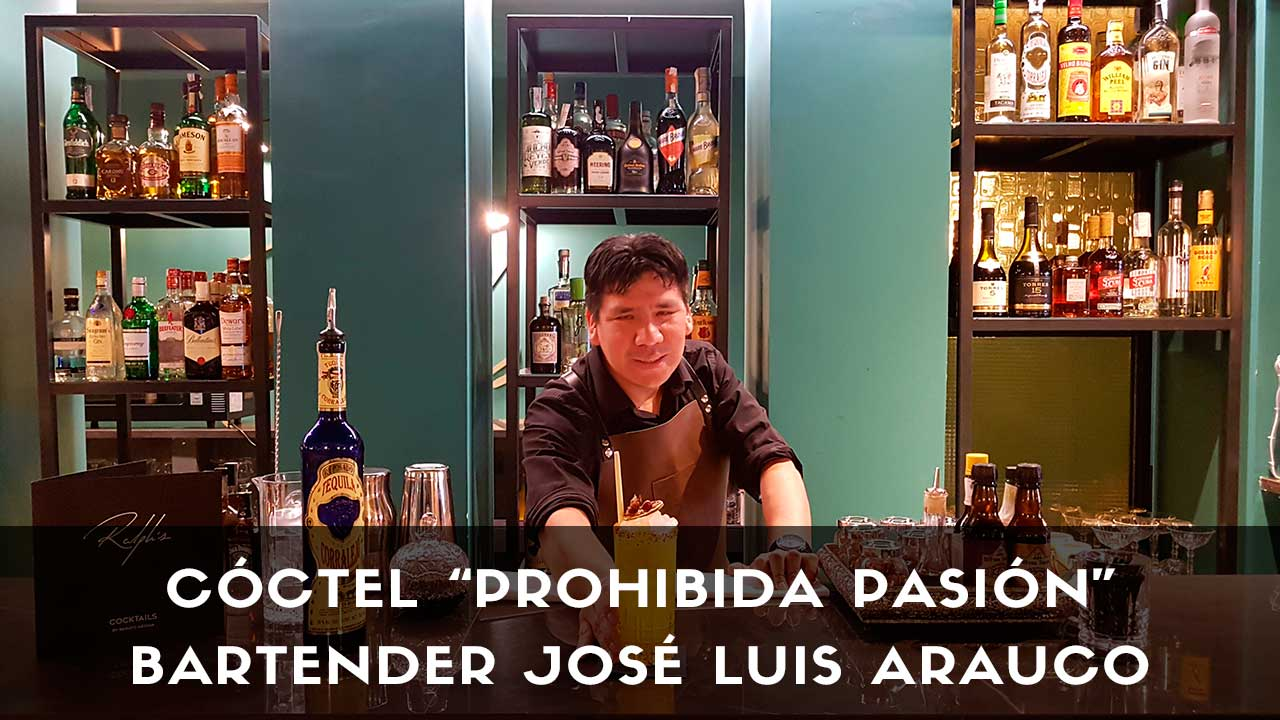 Cóctel con tequila del bartender José Luis Arauco en la coctelería Ralph's (Madrid)