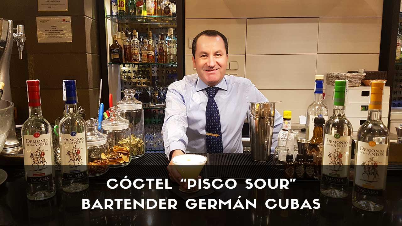 Cóctel Pisco Sour del bartender Germán Cubas en la coctelería de Inti de Oro Castellana (Madrid)