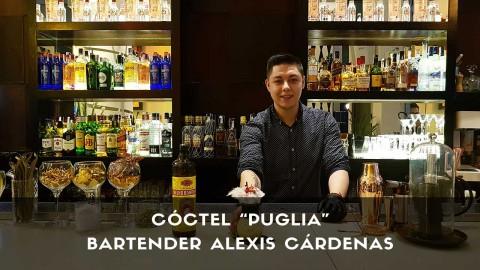 Cóctel con cachaça del bartender Alexis Cárdenas en lacoctelería Larios Café (Madrid)