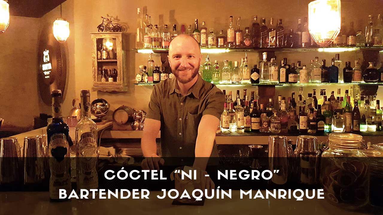 Cóctel con tequila del bartender Joaquín Manrique en la coctelería Surya Easy Bolo (Madrid)