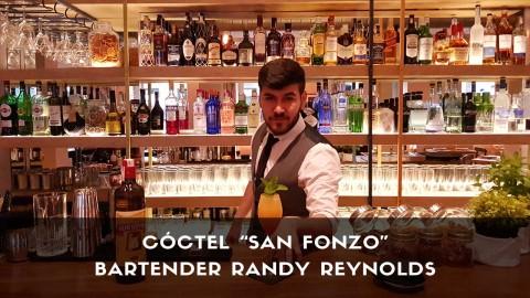 Cóctel con cachaça del bartender Randy Reynolds en la coctelería de Casa Fonzo (Madrid)