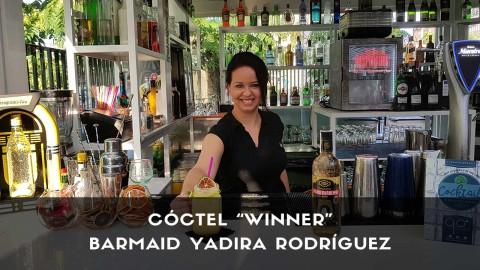 Cóctel con cachaça de la barmaid Yadira Rodríguez en la coctelería de 90 Grados (Madrid)