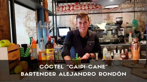 Cóctel con cachaça del bartender Alejandro Rondón en la coctelería de Sugarcane (Madrid)