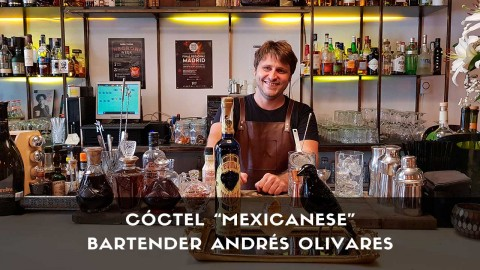 Cóctel con tequila del bartender Andrés Olivares en la coctelería de Ástor (Madrid)