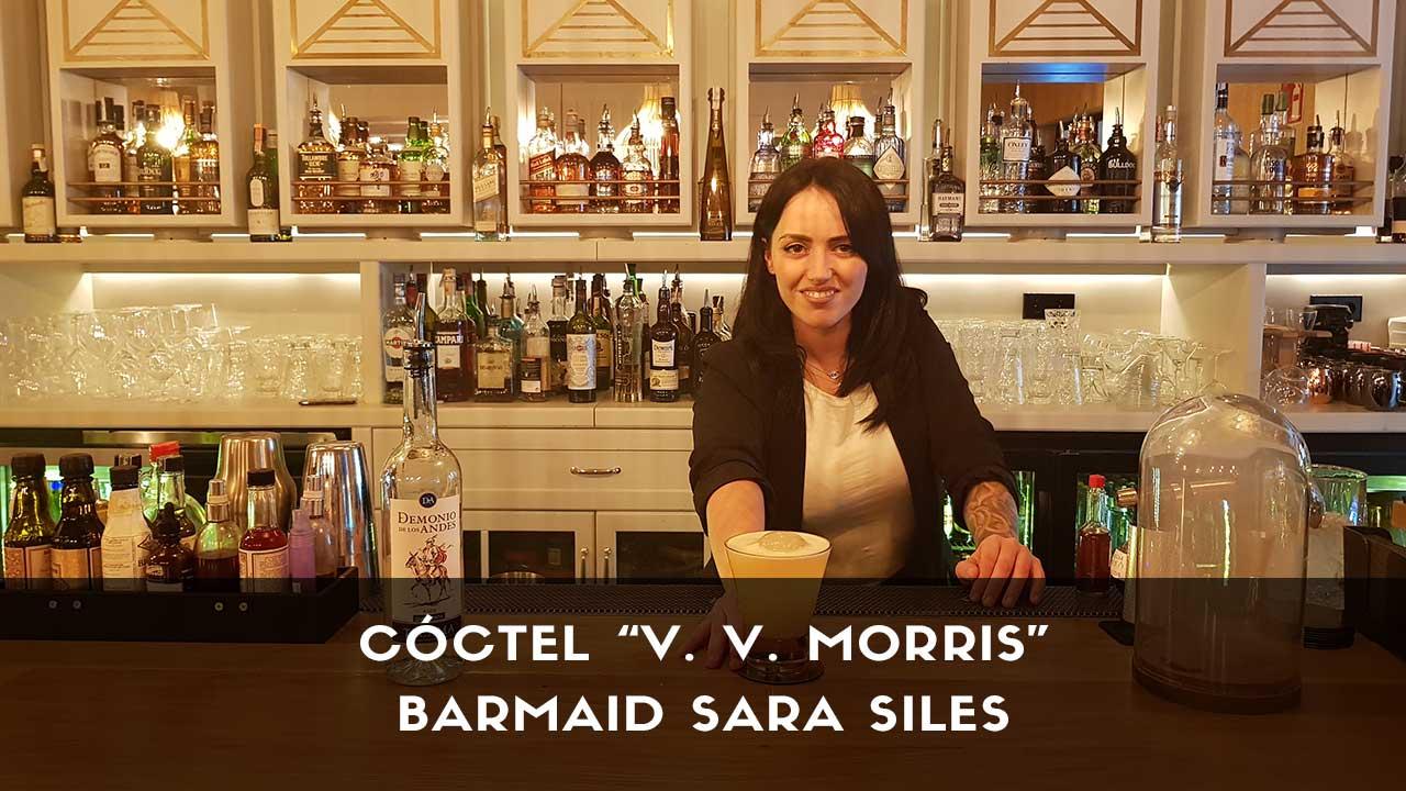 Cóctel con pisco de la barmaid Sara Siles en la coctelería de Dogma (Madrid)