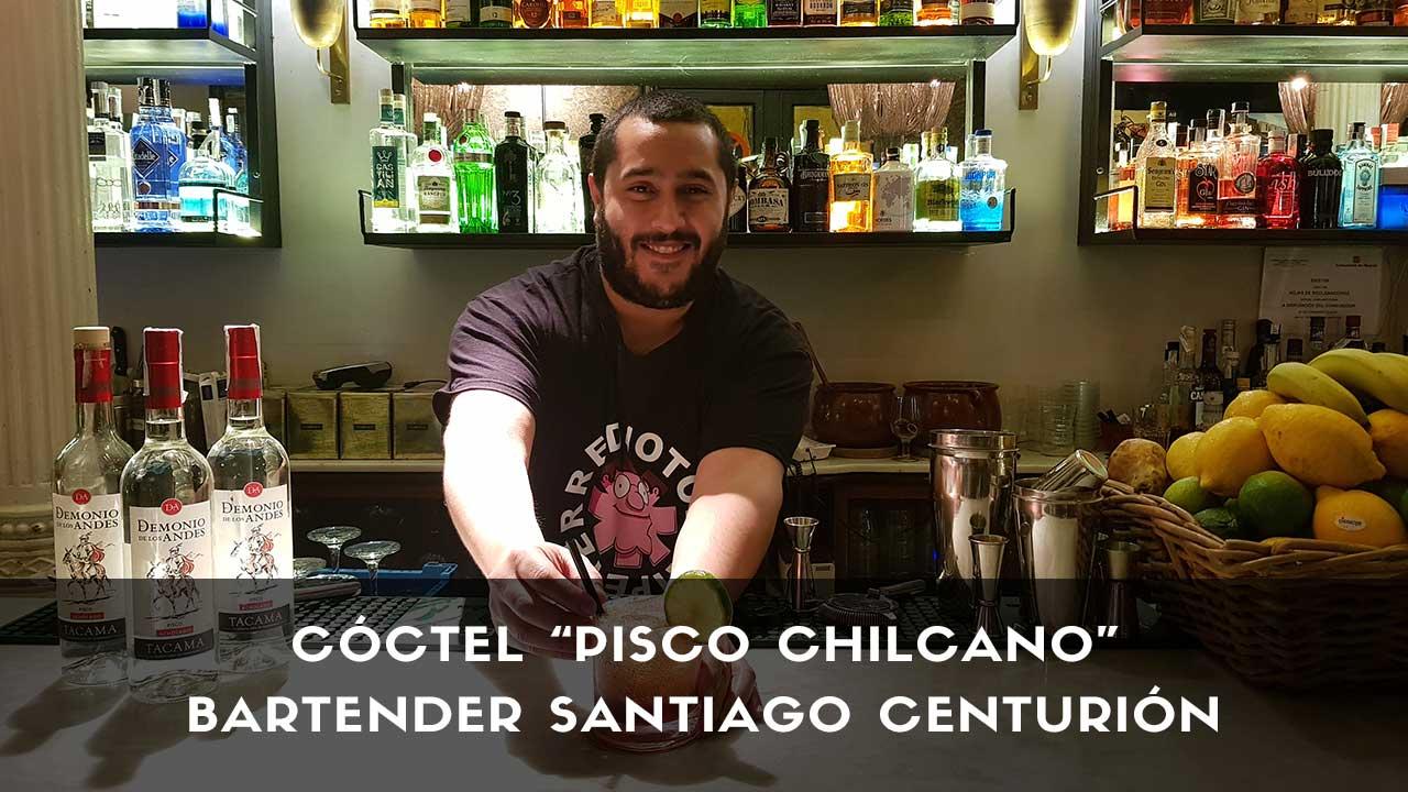 Cóctel Pisco Chilcano del bartender Santiago Centurión en la coctelería Cafeína Bar (Madrid)