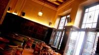 Bar Cock (Madrid), un espacio que invita a la tertulia y el debate