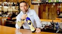 Juan Jesús Calderón, bartender de Barbillón Oyster (Aravaca, Madrid), presentándonos su cóctel con Tequila Corralejo