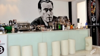 Humphrey Bogart siempre presente en la barra de Beber D Cine (Madrid)