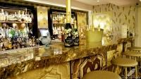 Columbus Bar (Madrid) posee una barra espectacular