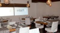 Elegante salón del Restaurante El Padre (Madrid)
